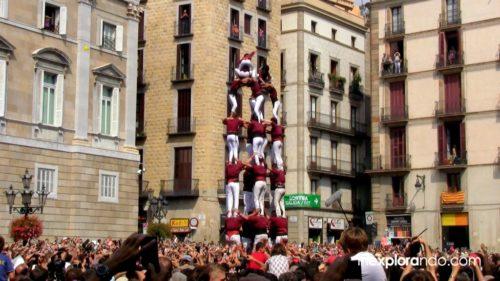 Castellers en Plaça Sant Jaume