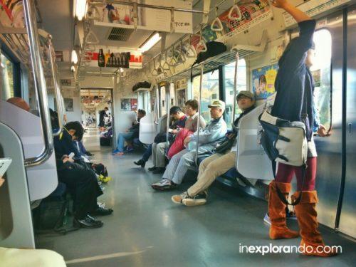 Tren a Tokio