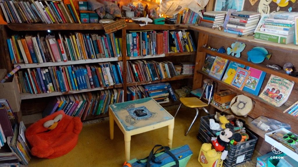 Slab City Biblioteca